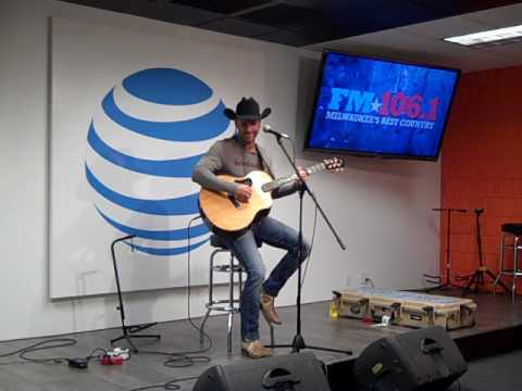 Craig Campbell  Family Man   in the FM1061 AT&T Access Granted Lounge 21617