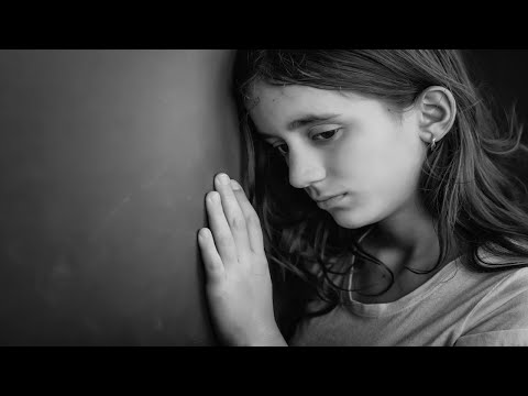 10 Signs Your Child Is Depressed | Child Anxiety