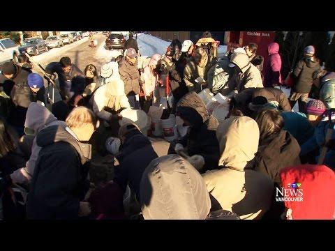 Free salt frenzy: Giveaway in Vancouver brings mobs