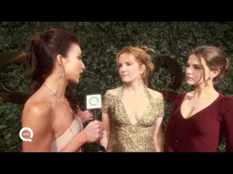 Lea Thompson and Zoey Deutch at The Buzz on the Red Carpet