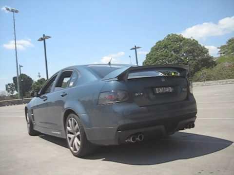 Hsv Ve Clubsport R8 Custom Exhaust Youtube