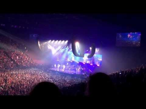 Bruno Mars 2014 Moonshine Concert - Sydney