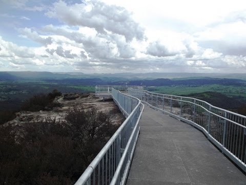 Blue Mountains Walks: New Boardwalk at Hassan's Walls, Lithgow NSW Australia