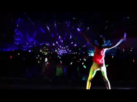 Clubbercise with Carrie-Anne