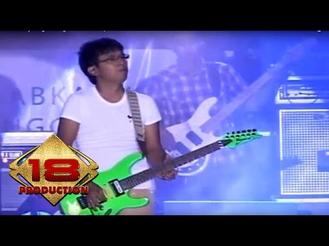 Wali - Abatasa  (Live Konser Solo Jateng 2 Oktober 2013)