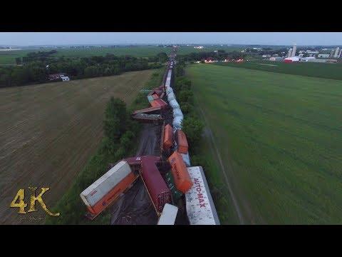 Canada: Déraillement de train vue aérienne / Train derailment aerial view 7-16-2018