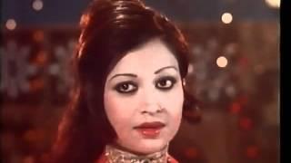 Hamari saanson mein aaj tak wo hinaa ki khushboo (Pakistani film) Mere Hazoor 1977 by SERAJ.avi