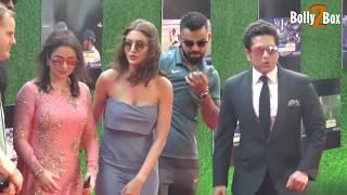 Anushka sharma in grey attire & virat kohli at sachin a billion dreams grand premiere | bolly2box