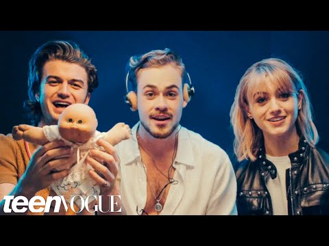Stranger Things Cast Reviews 80s Fads   Teen Vogue