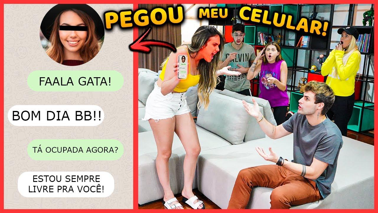 A EMILY PEGOU MEU CELULAR E FICOU COM MUITO CIÚMES NA FRENTE DE TODOS DA CASA!! [ REZENDE EVIL ]