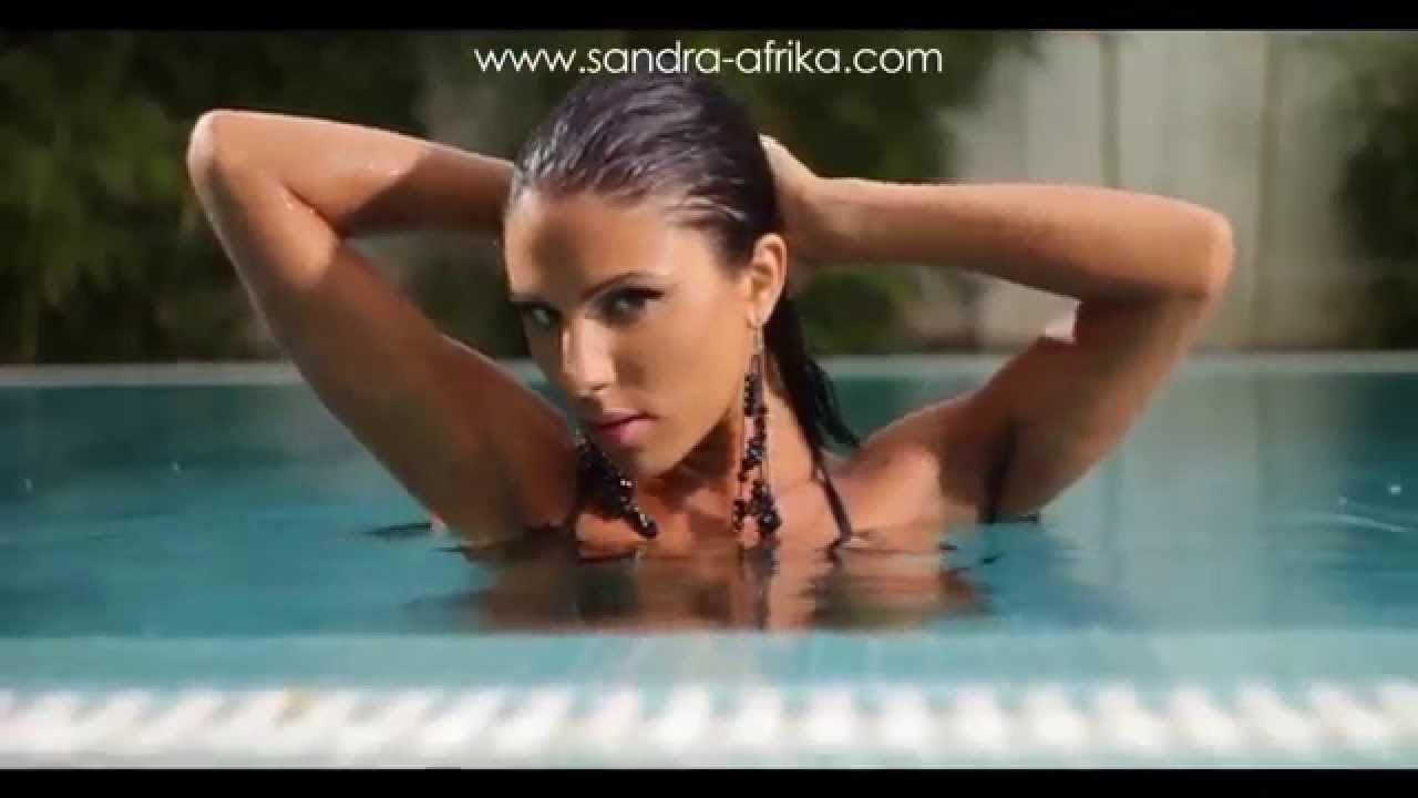 SANDRA AFRIKA FEAT. COSTI - DEVOJKA TVOG DRUGA - (OFFICIAL VIDEO)