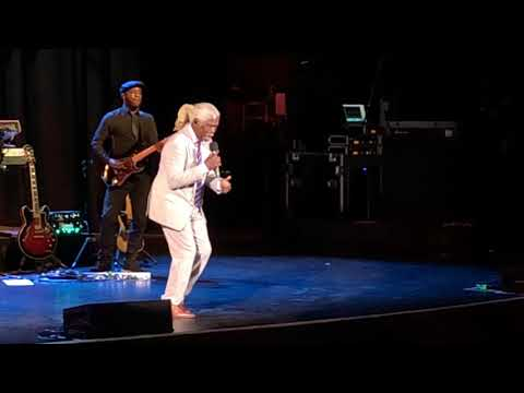 Billy Ocean Live In Tulsa! Mystery Lady