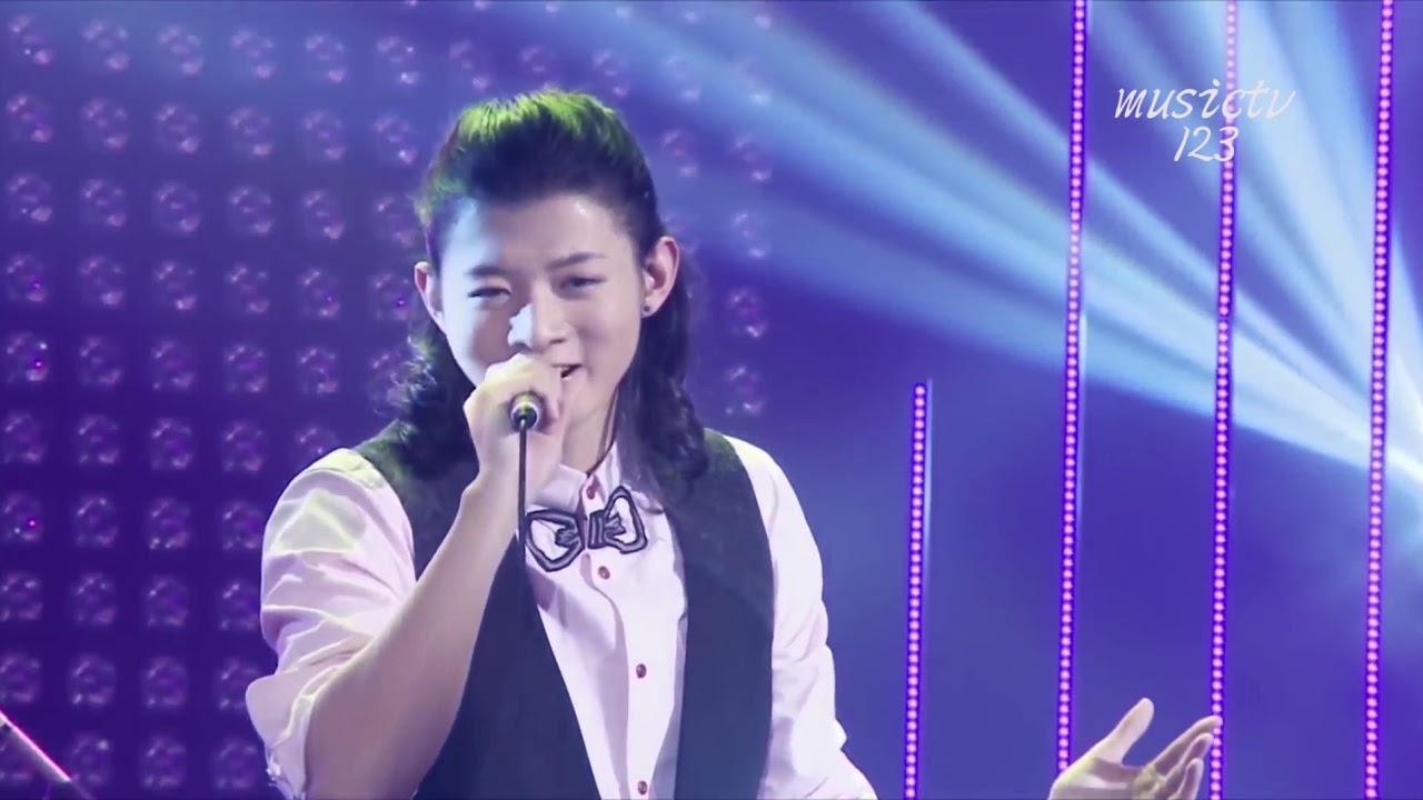 霍尊《南京不插電演唱會 》cut-03 第一次演唱會 超清版 - YouTube