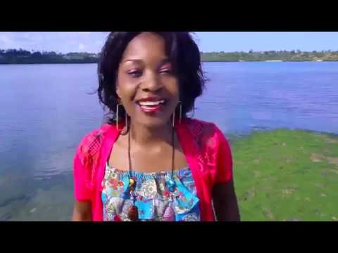Mungu Ni Mungu || Gloria Muliro Official Video