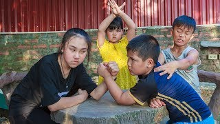 Kids Go To School | Chuns And Best Friends Exercise And Competition