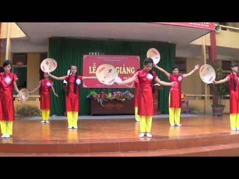 Trường THCS Bạch Hạc-Tiết mục văn nghệ lớp 8C