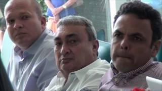 Gil Carlos presidente da Associação dos municípios do Piaui visita policlínica de Limoeiro