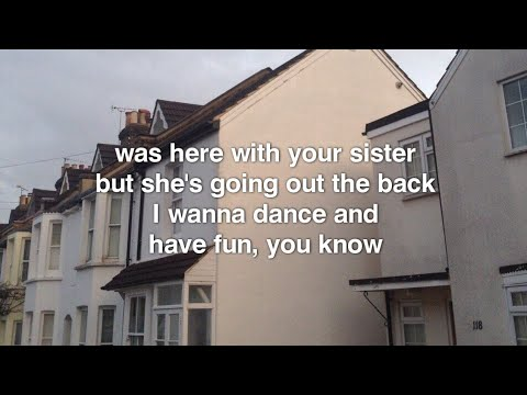 The Fratellis - Creepin Up The Backstairs (lyrics)