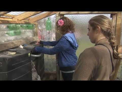 Students Build a Zero-Energy Greenhouse | Education Matters | KET