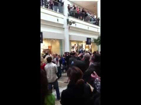 Mall Christmas Carols