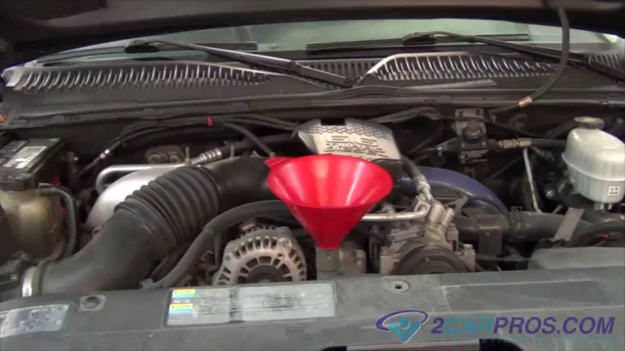small resolution of oil change filter replacement chevrolet silverado 2500 hd 2000 2007 youtube