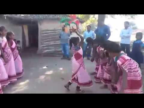 Surguja sua dance