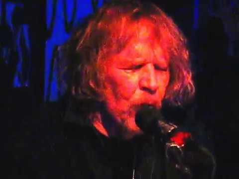 """2010/12/30 - Driftwood Char Bar - Willie Murphy """"TV Mama"""""""