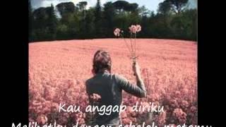 Gambar cover Indah Dewi Pertiwi - Aku tak Berdaya - Lirik