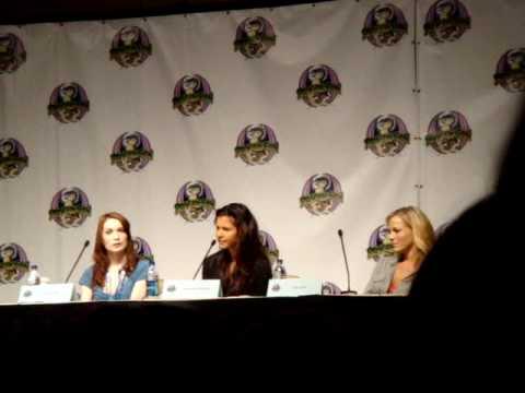 Felicia Day, Kristy Swanson, Julie Benz, Charisma Carpenter DragonCon 2009 Friday 5