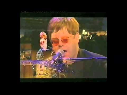 Elton John live Woburn Abbey 2000 -  Burn Down The Mission 9 (solo)