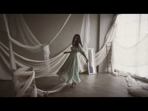 Download Natania Karin - To Love with a Fighting Heart    Mp4 baru