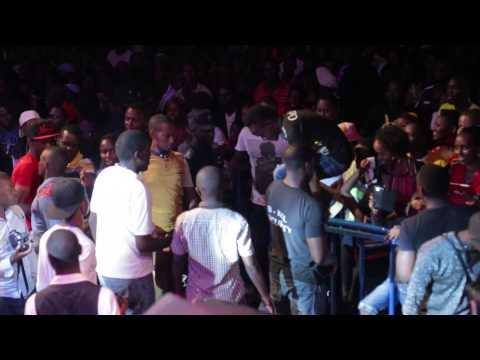 Diamond Platnumz Live Performance | Amahoro Stadium (Rwanda) 1/1/2015