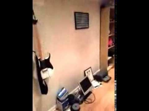 String swing cc01k guitar hook holder wall stand in hard wood keeper hanger