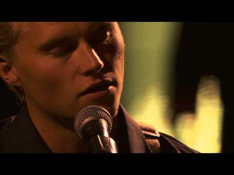 Man of Constant Sorrow (Eric Whitacre Singers & Marius Beck)