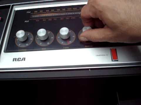 1970's RCA TOTL SHOWCASE SERIES DIMENSIA IV CONSOLE STEREO  AM/FM/PHONO/8-TRACK