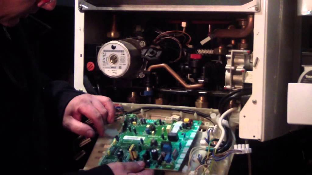 Reparar caldera de gas tutorial sustitucion placa de for Averias de calderas roca