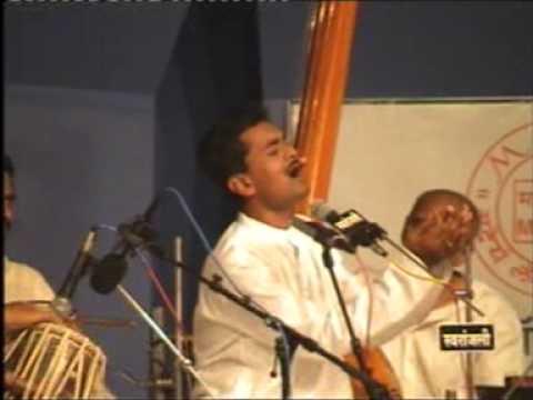 JAYATEERTH MEVUNDI RAAG PATADEEP @ SAWAI GANDHARVA MUSIC FESTIVAL, PUNE, DEC. 2003