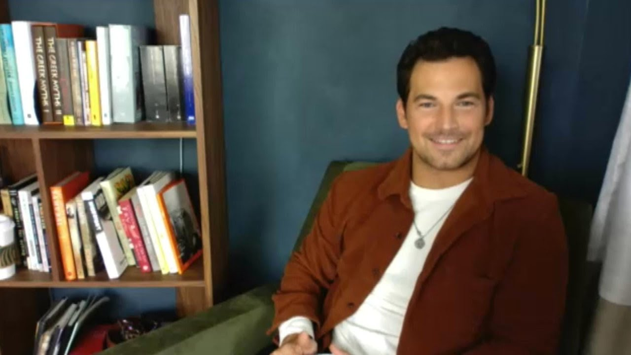 Grey's Anatomy: Giacomo Gianniotti on Deluca and Meredith's Future  | Full Interview