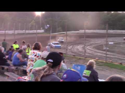Hummingbird Speedway (7-8-17): Aaron's of DuBois Front-Wheel Drive Four-Cylinder Heat Race #3