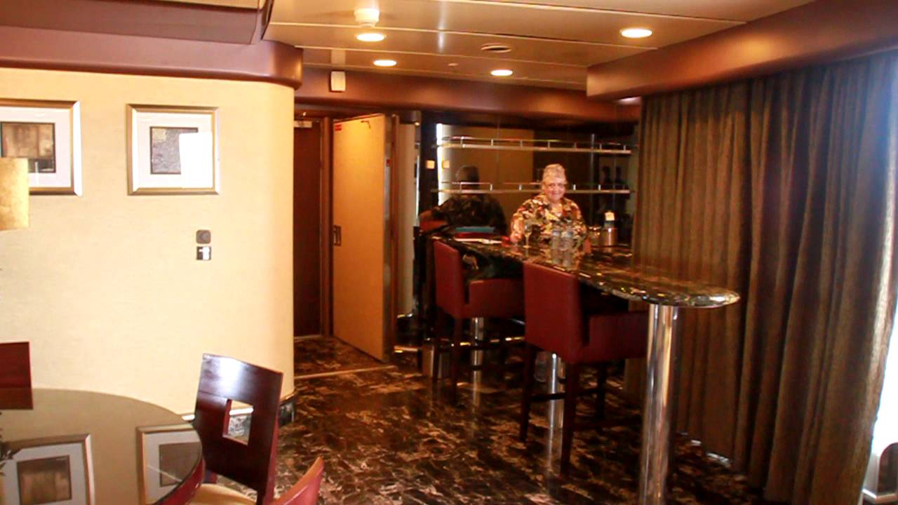 Carnival Ecstasy Owners Suite (PH-1)