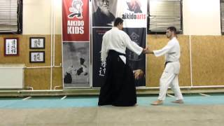 gyakuhanmi katatedori kaitennage uchikaiten [TUTORIAL] Aikido basic technique