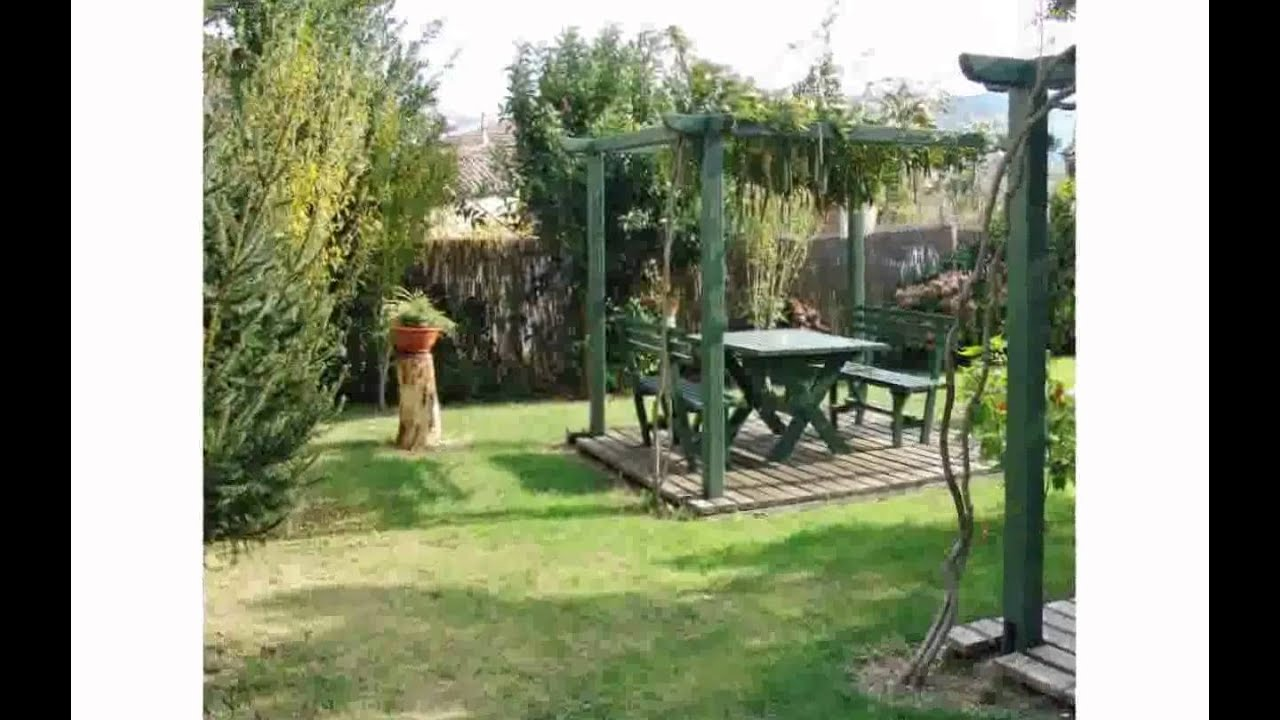Fotos de jardines de casa cherirada youtube for Guarda cosas para jardin