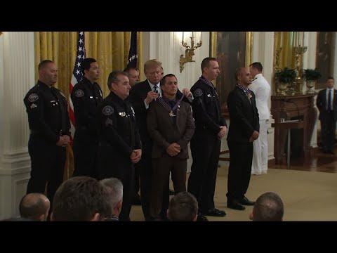 Trump honors officers