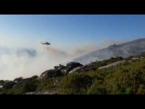 Una avería de un generador de un parque eólico provoca un incendio en la Serra do Cando
