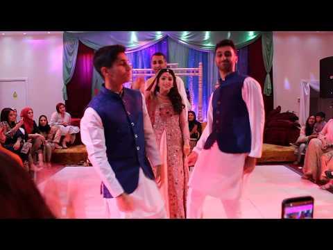 Mehrunisa & Amir   Mehndi Dance   #MehruWedsAmir thumbnail