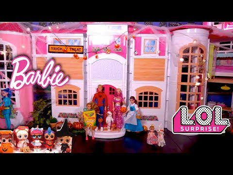Barbie Family & LOL Dolls Halloween Videos - Dress up & Trick or Treating