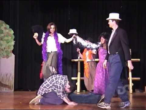 Divotvorný hrnec - divadelní představení - Chicago