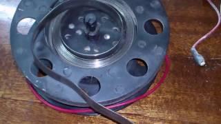 Ремонт механізму змотування проводу пилососа. Repair mechanism for the winding wire cleaner.