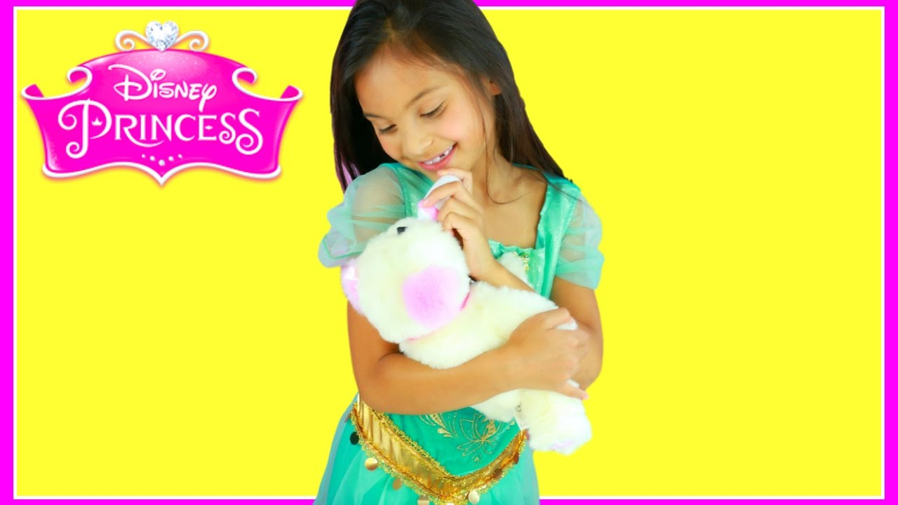 Jasmine In Real Life Disney Princess Puppy Surprise Toys Youtube