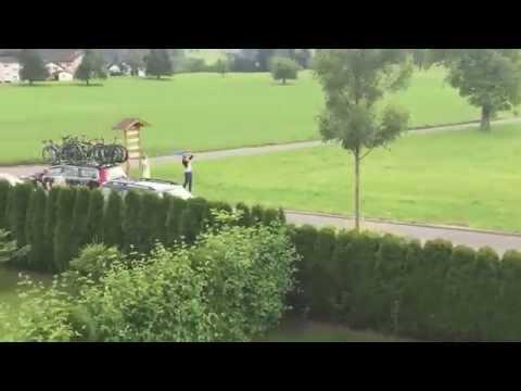 Tour de suisse - so viele Velofahrer - In Rotkreuz